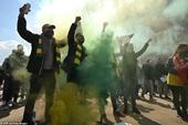 Man Utd lên tiếng sau vụ cổ động viên nổi loạn ở sân Old Trafford