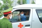 Hình ảnh phong tỏa bệnh viện Bệnh nhiệt đới Trung ương cơ sở 2