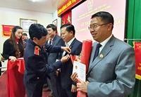 """Viện trưởng tặng Kỷ niệm chương """"Vì sự nghiệp Kiểm sát"""" cho 36 cá nhân"""