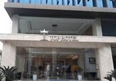 Khách sạn Top Hotel Hữu Nghị tự nghĩ ra khoản phí cho công an và y tế