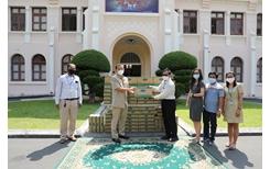 Vinamilk và công ty con tại Campuchia hỗ trợ sữa cho người dân chống COVID-19