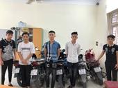 Bắt giữ 18 đối tượng đi xe mô tô ném chai thủy tinh vào người đi đường