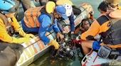 Chụp ảnh tự sướng trên thuyền, 9 người chết, mất tích