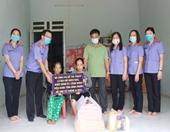 VKSND tỉnh Bình Phước nhận hỗ trợ 2 gia đình có hoàn cảnh đặc biệt khó khăn