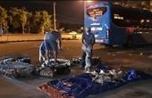 Vụ tài xế chống đối cán bộ chốt kiểm dịch Xe khách chở lậu 156 con chó mèo