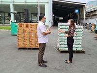 TP Hồ Chí Minh hỗ trợ nhu yếu phẩm cho công nhân đang bị cách ly vì dịch COVID-19