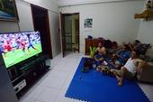 Dịch COVID-19 phức tạp, Bộ Y tế khuyến cáo không tập trung đông người xem bóng đá