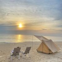 Cắm trại đón bình minh ở biển Triệu Lăng