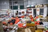 CLIP Tổng tấn công các điểm tập kết, thu giữ 40 tấn hàng hoá nghi nhập lậu