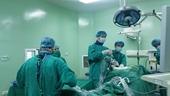 Nhiều bệnh nhân được phẫu thuật thành công tại khoa Ngoại Thần kinh và Cột sống
