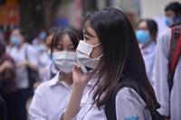 Hình ảnh thí sinh Hà Nội trong ngày đầu kỳ thi THPT Quốc gia
