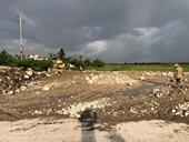 Nghịch lý đổ phế liệu, gạch vỡ san lấp đất nông nghiệp để làm   dự án trồng cây xanh