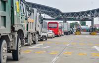 Hà Nội chỉ đạo khẩn cấp thẻ xanh để giảm ùn tắc tại 22 chốt kiểm dịch