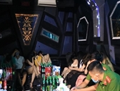 Điều tra 1 thư ký toà án sử dụng ma túy trong quán karaoke giữa mùa dịch
