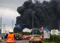 Cháy nổ rung chuyển KCN miền Tây nước Đức, hơn 20 người thương vong, mất tích