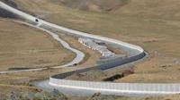 Thổ Nhĩ Kỳ xây bức tường gần 300km dọc biên giới Iran, trang bị camera nhiệt và hỏa lực