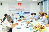 Chủ tịch nước Nguyễn Xuân Phúc Sản xuất vắc xin trong nước được đặt ở tình trạng khẩn cấp
