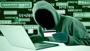 """Trở thành """"con mồi"""" vì đăng thông tin """"lỗi chuyển tiền"""" lên mạng xã hội"""