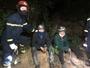 Cảnh sát PCCC Đà Nẵng Giải cứu người bị mắc kẹt trên vách núi giữa đám cháy rừng