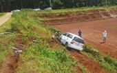 Mâu thuẫn, điều khiển xe tông ô tô đối thủ, khiến 3 người bị thương