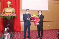 Ông Nguyễn Đăng Bình được giới thiệu để bầu giữ chức Chủ tịch UBND tỉnh Bắc Kạn