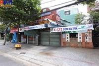 Nhiều quán ăn ở vùng xanh vẫn đóng cửa, cài then dù đã được phép hoạt động trở lại
