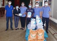 VKSND huyện Krông Ana san sẻ yêu thương giữa mùa dịch bệnh