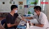 Cận cảnh các trạm y tế lưu động tại Hà Nội chống dịch COVID-19