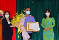 Trao Huy hiệu 30 năm tuổi Đảng tặng 2 lãnh đạo VKSND tỉnh Tây Ninh và Đắk Lắk