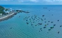 Biển Vũng Tàu trong xanh khi giãn cách xã hội