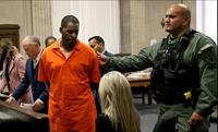 Nam ca sĩ nhạc R B đối mặt với án 100 năm tù vì buôn bán tình dục