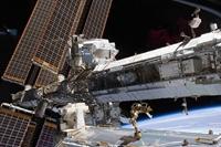 Tàu vũ trụ Soyuz MS-19 chở e kíp làm phim không gian trục trặc khi cập bến ISS