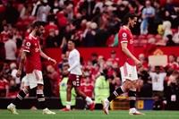 Manchester United đương đầu hàng loạt khó khăn sau loạt trận bóng đá Quốc tế
