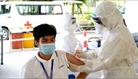 Ngày 18 10, thêm 3 168 ca nhiễm COVID-19, trên 63 triệu liều vắc xin được tiêm