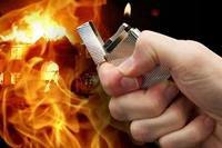 Bắt tạm giam người phụ nữ hất xăng đốt người tình vì ghen tuông