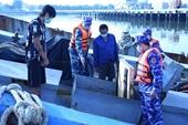 Cảnh sát biển bắt giữ tàu chở 60 000 lít dầu không rõ nguồn gốc