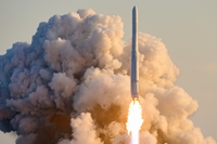 Hàn Quốc phóng tên lửa không gian nội địa đầu tiên lên quỹ đạo