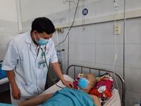 Phẫu thuật tách bóc khối u khổng lồ cho bệnh nhân 16 tuổi