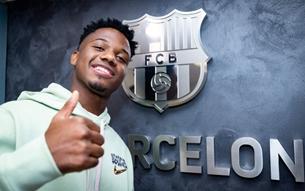 Fati gia hạn với Barcelona, điều khoản phá vỡ hợp đồng 1 tỷ euro