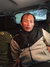 Nghi phạm sát hại bố mẹ đẻ và em gái bị bắt khi đang lần trốn ở Lào Cai