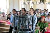 Chống người thi hành công vụ, gia đình 3 người nhận 30 tháng tù