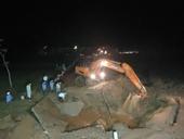 Đường ống dẫn nước sạch sông Đà vỡ lần thứ 7