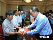 Chủ tịch MTTQ thăm các chiến sỹ bị thương trong vụ rơi máy bay