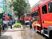 Cháy siêu thị Co opmart giữa TPHCM, hàng trăm người tháo chạy
