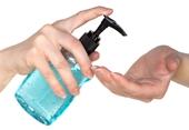 Nguy hại không ngờ từ nước rửa tay