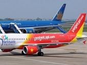 Giá xăng xuống đáy, máy bay làm ngơ giảm giá vé