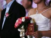 Vấn nạn chồng đồng tính bạo hành vợ ở Trung Quốc