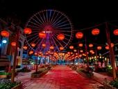 Con đường rực rỡ đèn lồng kỷ lục tại Asia Park Đà Nẵng