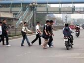Từ tháng 2 2016, Hà Nội xử phạt người đi bộ vi phạm luật giao thông