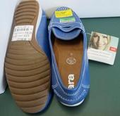 Hàng loạt giày dép có độc tố gây kích ứng da tại Châu Âu
